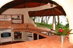 casamiramar_kitchen